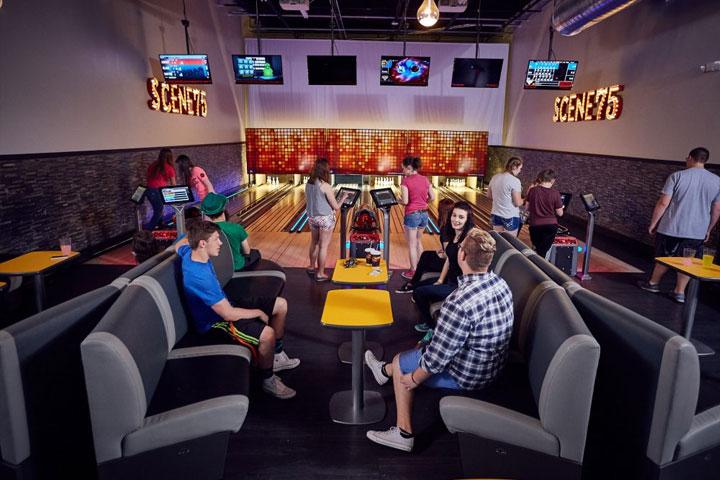Scene75 Cincinnati - Mini-Bowling